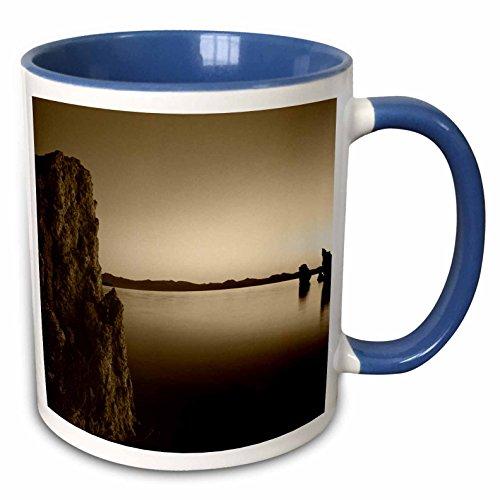 (3dRose Danita Delimont - Lakes - Tufa rock formation, Mono Lake, California, USA - US05 IHO0177 - Inger Hogstrom - 15oz Two-Tone Blue Mug (mug_142718_11))