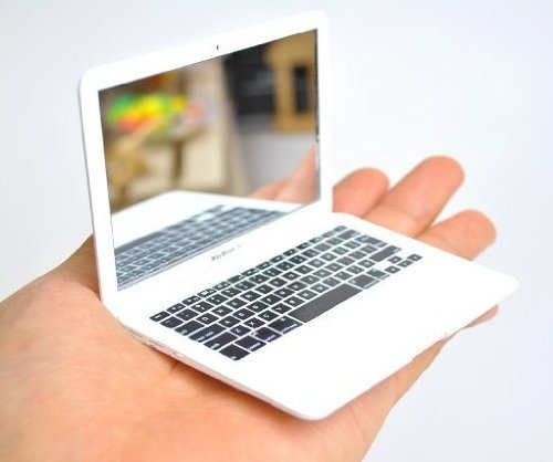 Mini Macbook Air Mirror