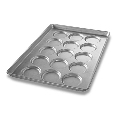 Chicago Metallic Bakeware ePan Aluminum Hamburger Bun Pan for 15 Buns (Round Bread Mold)