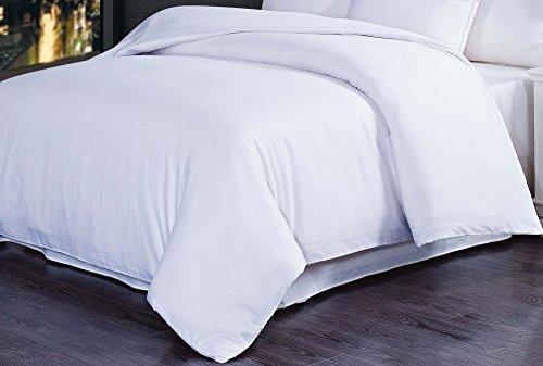 natural-comfort-premier-hotel-select-duvet-cover-queen-lattice-white