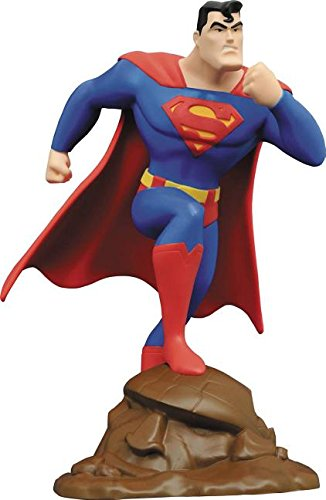"Diamond Select Toys DC Gallery: Superman: The Animated Series: Superman PVC Figure, 9"""