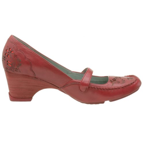 Kenneth Cole REACTION Women's Fly On The Wall Low Heel Loafer