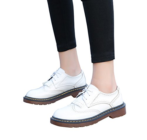 Mocassins À Blanc 2 Studen Bout Robe Habillée Lacets Rond CAMSSOO Femmes Tassel Oxford Y4nwExq7A