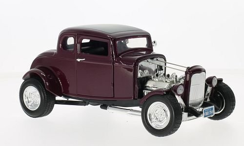 1932 Ford Coupe Burgundy 1:18 Diecast Model Car