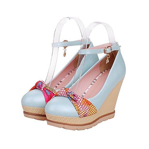 AllhqFashion Damen Mittler Absatz Gemischte Farbe Schnalle Rund Zehe Pumps Schuhe Blau