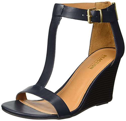 Crave Heel (Kenneth Cole REACTION Women's 7 Ava Crave T-Strap Wedge Sandal, Navy, 10 M US)
