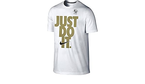 378abdb88 Amazon.com: Nike Boston College Eagles Just Do It Center Stack Bold Block  Font Loose Fit T-Shirt (White, 2XL): Sports & Outdoors