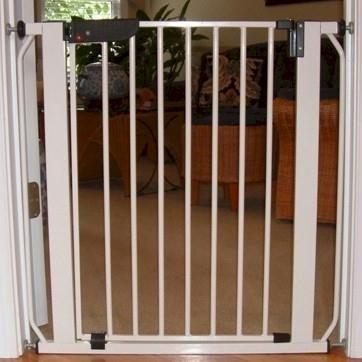 Cardinal Gates Autolock Pressure Mounted Pet Gate Finish: Beechwood
