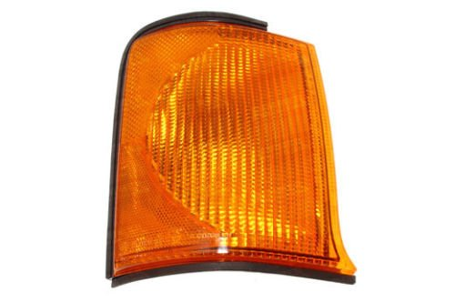 LAND ROVER DISCOVERY 2 1999-2002 OEM FRONT RH/PASSENGER SIDE INDICATOR LAMP PART: XBD100870