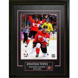 - Joanthan Toews - Signed 16x20 Framed Team Canada 2014 Olympics-Fist Pump