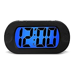 HENSE Large LCD Display Digital Smart Light Alarm Clock,Snooze/ Nightlight Backlight Light Sensor Travel Home Bedside Alarm Clock,Battery operated,Shockproof, Ideal Gift for Kids/Teens HA30(Black)