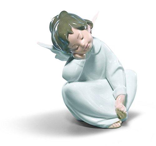 Lladró Cherub, Dreaming Figurine