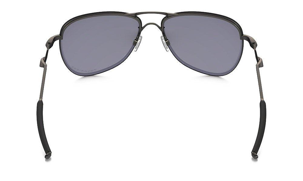 Amazon.com  Oakley Men s Talipin Lead Aviator, Carbon Grey Polarized Lens  61 mm  Clothing 771d167d3c