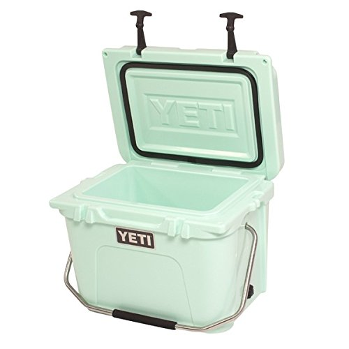 YETI Roadie 20 Limited Edition Seafoam Green Cooler