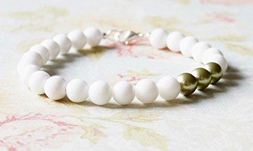 JP_Beads White Gemstone Bracelet, Green Swarovski Bracelet, Pearl Bracelet, Stacking Bracelet, White Mountain