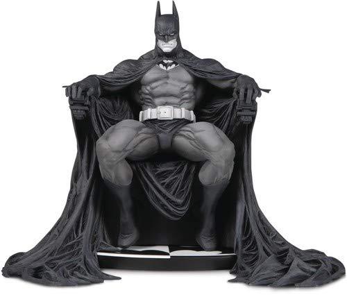 DC Collectibles Batman Black & White: Batman by Marc Silvestri Statue Batman Black And White Statue