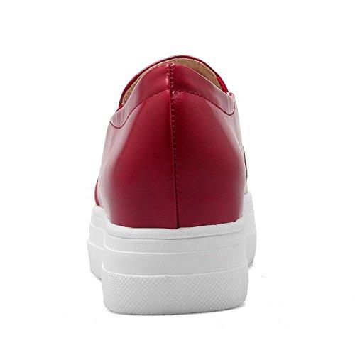 Allhqfashion Womens Pu Solid Pull On Round Dichte Teen Kitten Hakken Pumps-shoes Rood