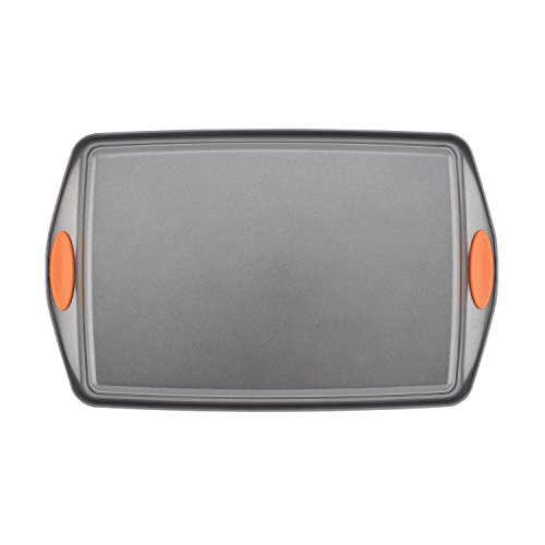 Rachael Ray Yum-o! Nonstick Bakeware 3-Piece Oven Lovin' Cookie Pan Set, Gray with Orange Silicone Grips by Rachael Ray (Image #5)