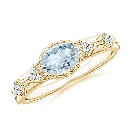 (Oval Aquamarine Vintage Style Ring with Diamond Accents in 14K Yellow Gold (7x5mm Aquamarine))