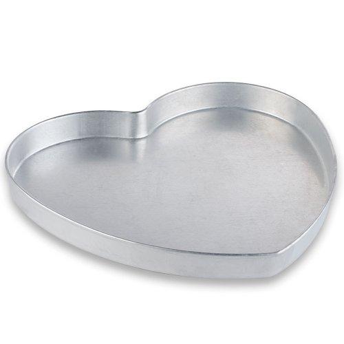 American Metalcraft HPP16 Heart Pizza Pan - Heart Shaped Cookie Pan