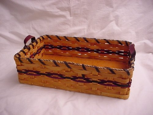 Basket - Cake - Pan - 9.5 X 15 X 3.75 T. Amish Country Home Handmade Collectible Cake Carrier/ Picnic Basket or Hot Dish Basket, Approximate Measurements 15