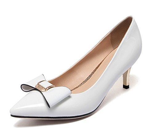 VogueZone009 Damen Rein Lackleder Niedriger Absatz Spitz Zehe Ziehen auf Pumps Schuhe Weiß