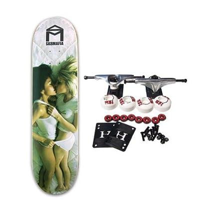 Hot girls on skateboards