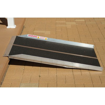 Solid Ramp Size: 3' L x 30