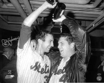 Jerry Koosman signed New York Mets B&W 16x20 Photo (1969 World Series champagne celebration with Tom Seaver) - Tom Seaver Photograph