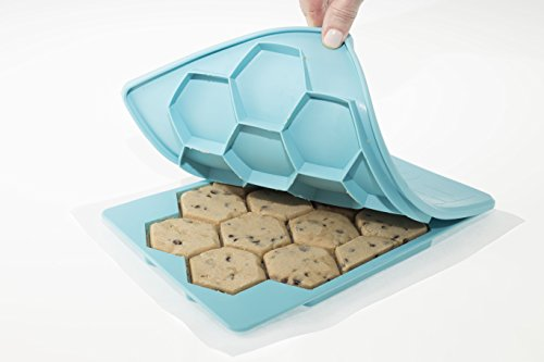 Shape+Store Smart Cookie Innovative Cookie Cutter and Freezer Container, Baker's Dozen X2, -
