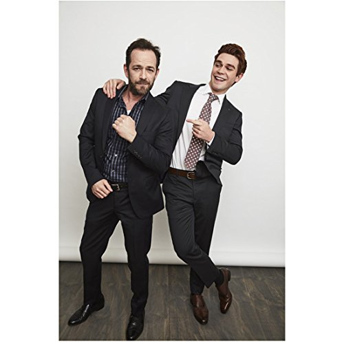 Luke Perry 8 inch x 10 inch PHOTOGRAPH Riverdale (TV Series 2017 - ) Goofing Around w/K. J. Apa kn