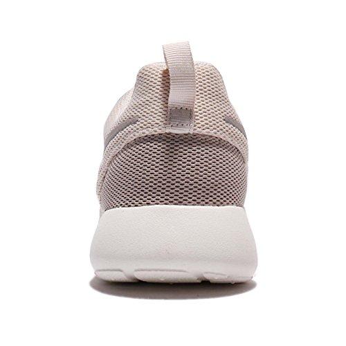 Nike Womens Roshe One Chaussure Décontractée Light Orewood Marron Clair Oreerry Marron / Pavé Uni / Voile / Marron Clair