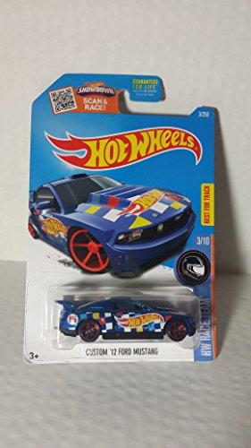 Hot Wheels Custom '12 Ford Mustang HW RACE TEAM 3/10 3/250