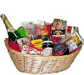 Foods of Spain - Spanish Holiday Gift Basket (Cesta de Navidad) by Product of Spain