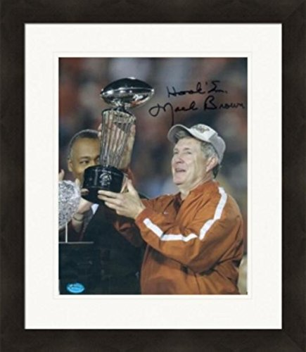Autograph Warehouse 270466 Mack Brown Autographed 8 x 10 in. Photo - University of Texas Longhorns Football Coach Image - No. SC1 Hook Em Matted & Framed (The Best Little Warehouse In Texas)
