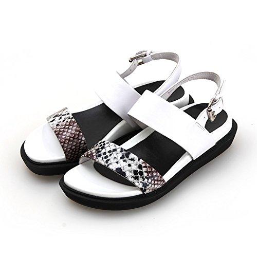 Zapato de cuero verano/Textura gruesas sandalias planas de piel de serpiente blanco