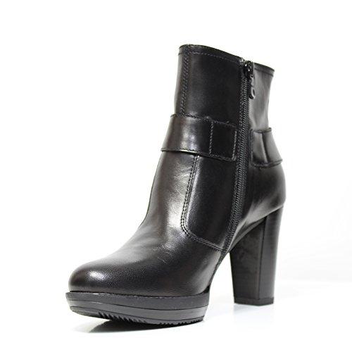 Nero Giardini Art.. A513760D-100 Boot Buchse A5 D 13760 schwarzem Leder