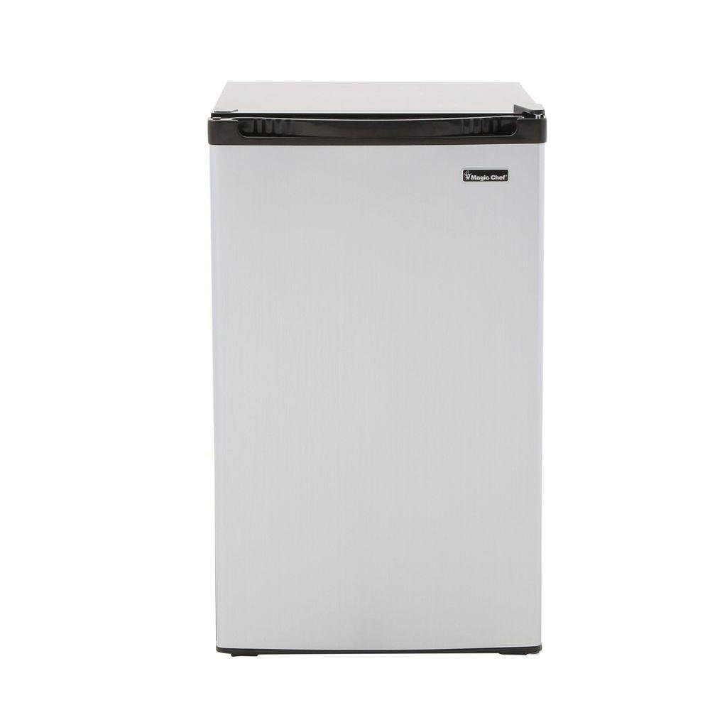 Amazoncom Magic Chef Hmbr440se 44 Cu Ft Mini Refrigerator In