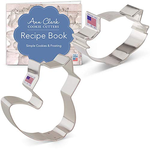 Fox/Raccoon Cookie Cutter Set with Recipe Booklet - 2 piece - Cute Fox and Raccoon Face - Ann Clark - USA Made Steel