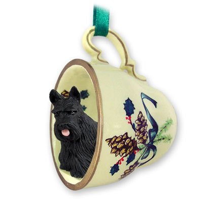 (Scottish Terrier Tea Cup Green Holiday Ornament)