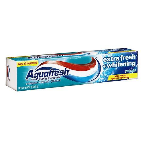 Aquafresh Extra Fresh + Whitening Fluoride Toothpaste, Fresh Mint 5.6 oz (Pack of 2)