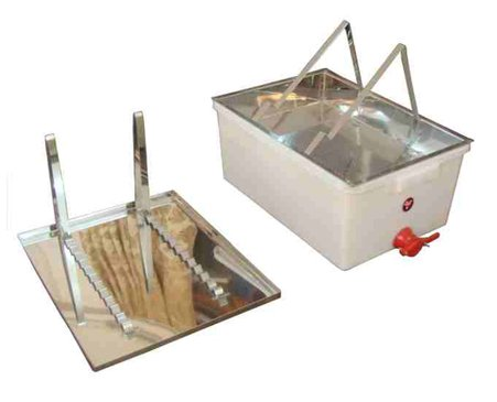 Honey Uncapping Plastic Bin and Stainless Tray - Deluxe Beekeeping for Use with Frame Extractor for Beekeepers