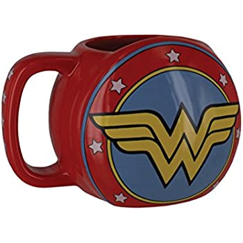 Wonder Woman Shield Mug - Paladone