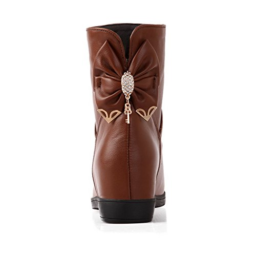 Soft Kitten Heels On Toe Material Pull Round Brown Low Top Closed Boots AgooLar Women's 0q1ZAx