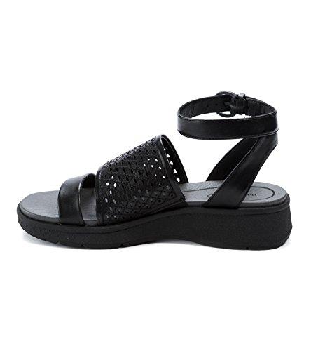 BareTraps Rockwell Womens Sandals & Flip Flops Black 3mJBB