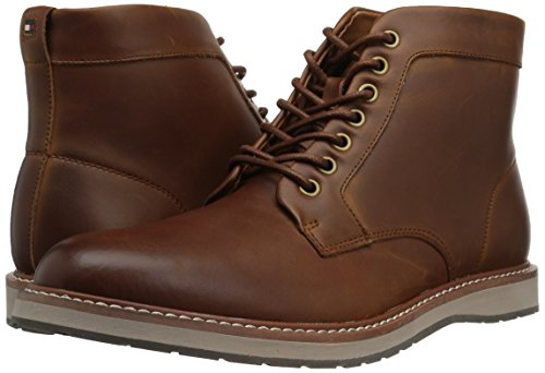 Tommy Hilfiger Men's Lari Chukka Boot, Cognac, 10.5 Medium US
