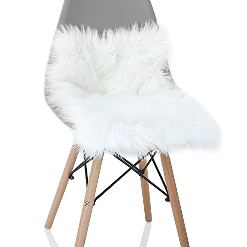 YOH Soft Fur Sheepskin Seat Cushion Chair Cover Carpets Fluffy Shaggy Area Rugs for Bedroom Living Room Home Decor Super Soft Mat 15.8 x 23.6 inches (White) (Rug Faux Fur Small)