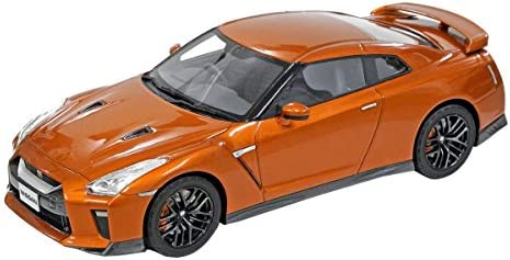 モデラーズ 1/24 ニッサン GT-R ピュア エディション 2017 レジンキット MK007