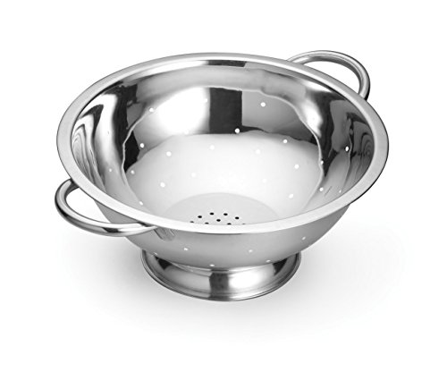 TableCraft H805 5 quart Heavy Duty Footed Colander with Handles, 11.5-Inch, Silver