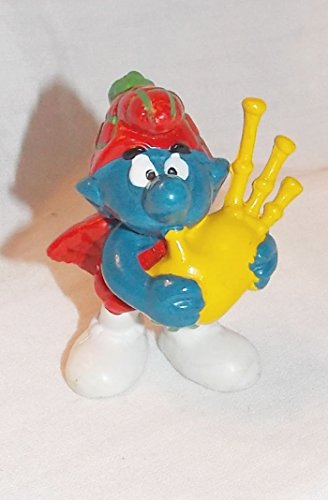 (1978 Vintage Scottich Smurf Playing Bagpipes 2